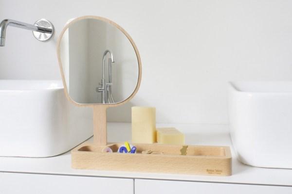 kagami-miroir et vide poche
