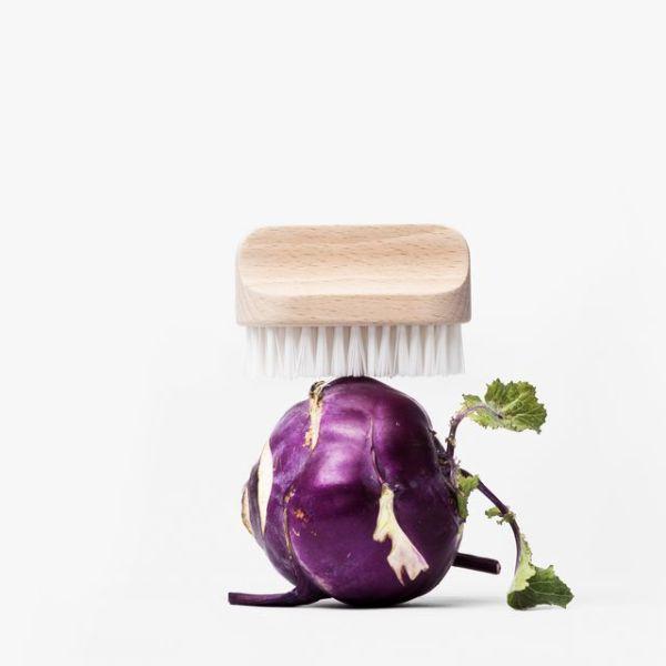 Brosse à légumes dure