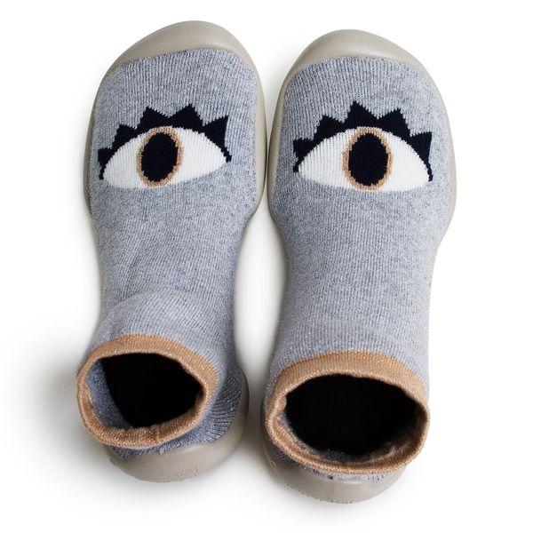Chaussons phosphorescents et semelle anti dérapante – Oeil Cosmique