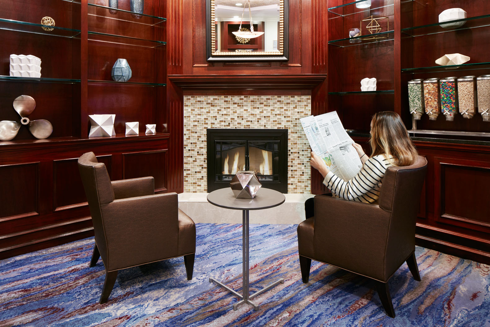 living room boston furnitures club quarters hotel in hi tech financial district at