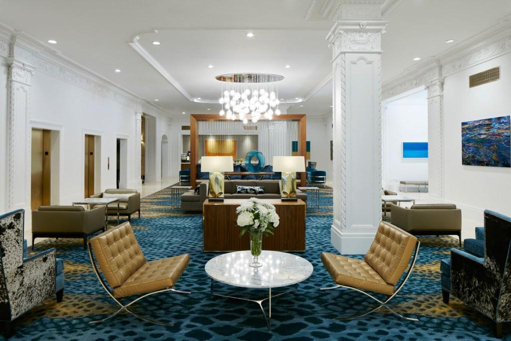 Club Quarters Hotel in Houston  Historic Downtown Houston