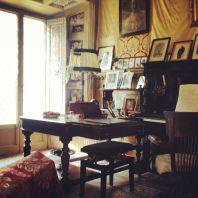 All'interno della Casa Museo non si potevano far fotografie ma non ho resistito, questa è la scrivania dove ha scritto le sue celebri opere.