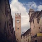 la torre dell'orologio di Santa Vittoria