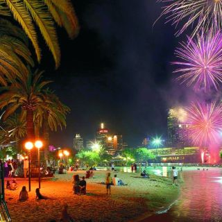Southbank_Beach_Fireworks_Night