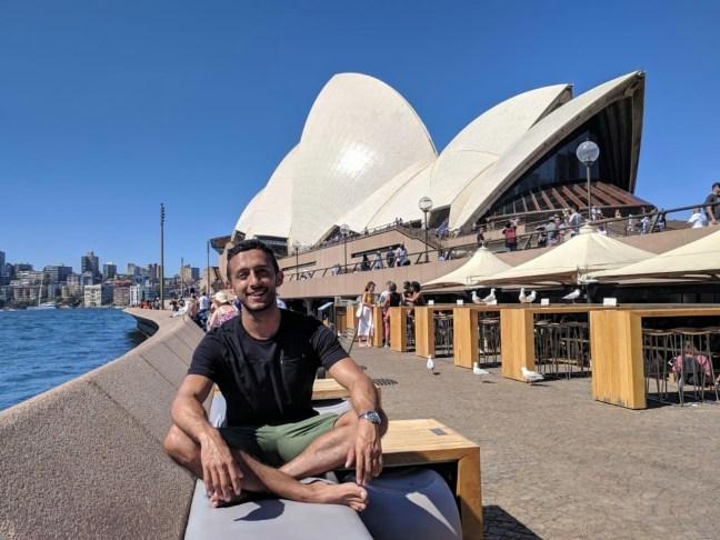 Carlos Bravo - travel to Sydney