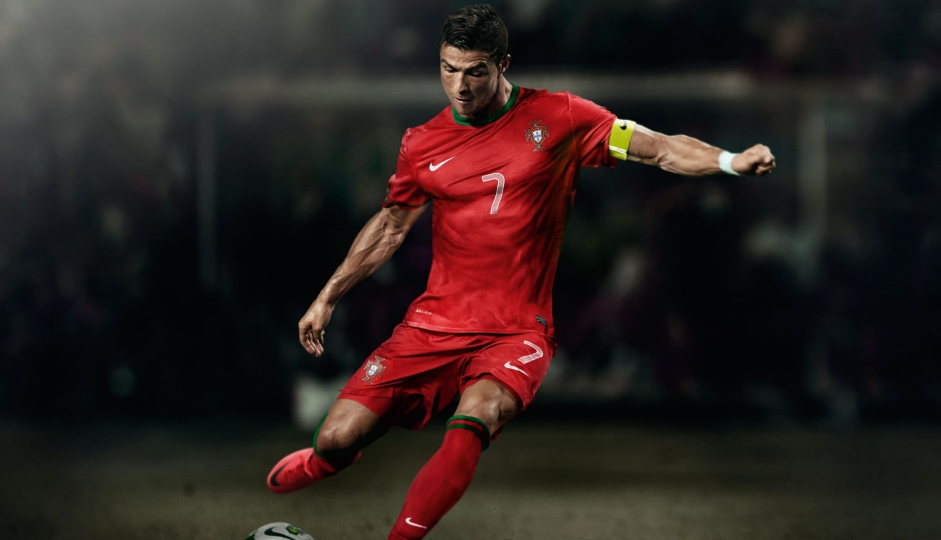 Cr7 Wallpaper Iphone Cristiano Ronaldo Portugal Free Kick Wallpaper Cristiano