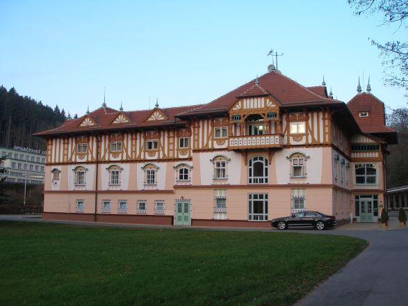Dušan Jurkovič: Spa hotel in Luhačovice