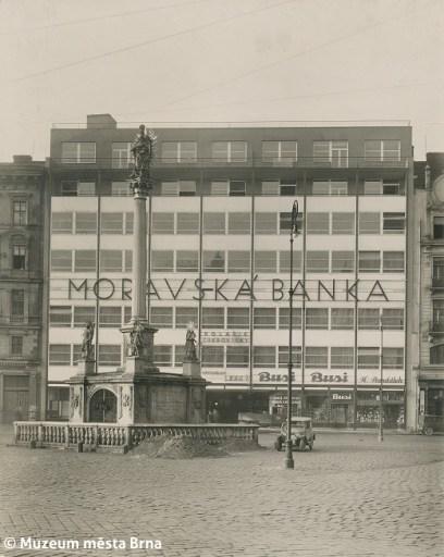 Rudolf Sandalo: The Moravian Bank Building by Bohuslav Fuchs / Ernest Wiesner, Brno, 1928–30