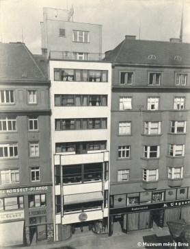 Rudolf Sandalo: Hotel Avion by Bohuslav Fuchs, Brno, 1927