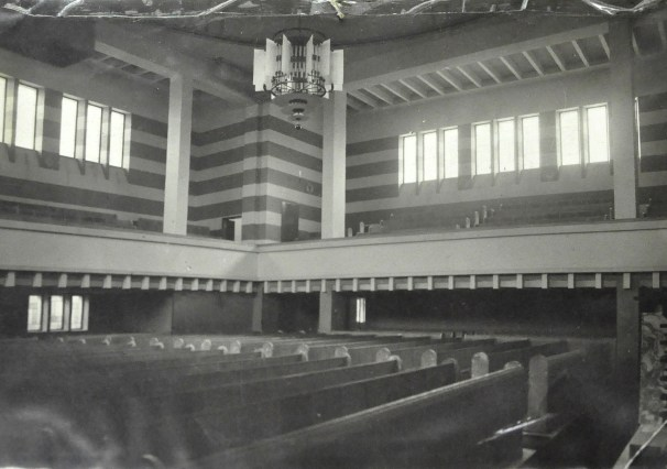 Peter Behrens: The Neolog Synagogue in Žilina, interior view