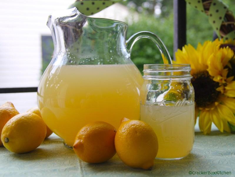 chamomile lemonade