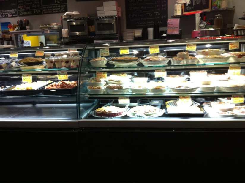Blacktop cabs Tastebuds Cafe