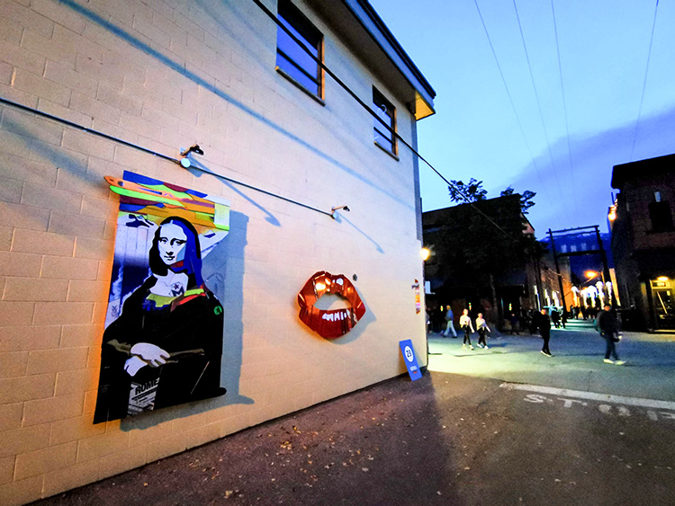 LUNA Art Festival Alley Monalisa Lips