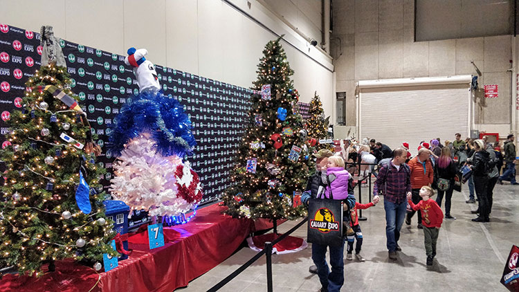 Calgary Expo Holiday Market Christmas Tree voting