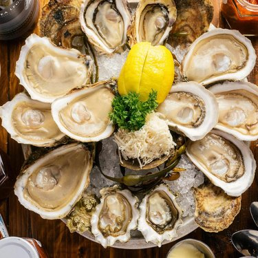 Win A $100 Gift Shell From Rodney's Oyster House!