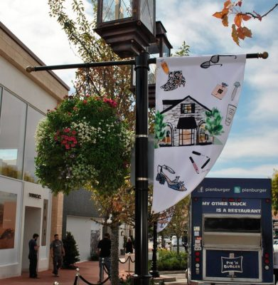Custom flags can also play a purely decorative role in your event.
