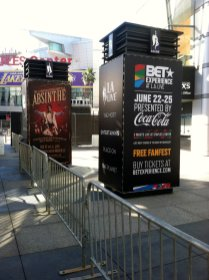 Photo of vinyl banners at outdoor event.