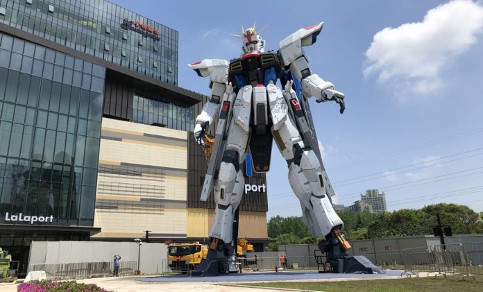 Colossal Life-Size Freedom Gundam Statue Opens in Shanghai for The First time ever - Craffic
