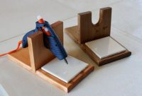 Make your own DIY glue gun holder! | Craft projects for ...
