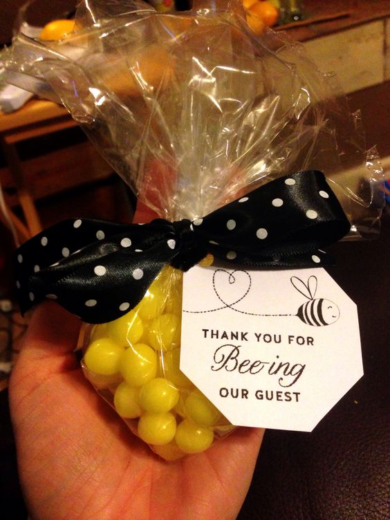Bee our Guest Favor