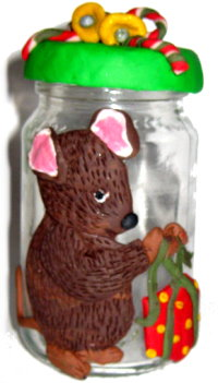 Polymer Clay – Christmas Mouse Jar