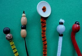 Quick Pipecleaner Bookmarks