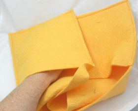 Upcycled Shamwow – Pet Drying Mitt