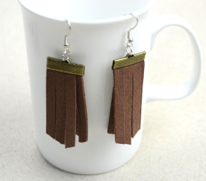 DIY Earrings – Suede Fringe