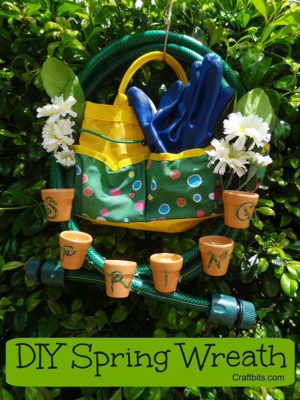spring-wreath-garden-door