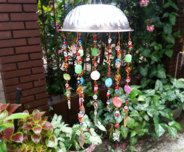 Recycled junk wind chime for Wind chimes from recycled materials