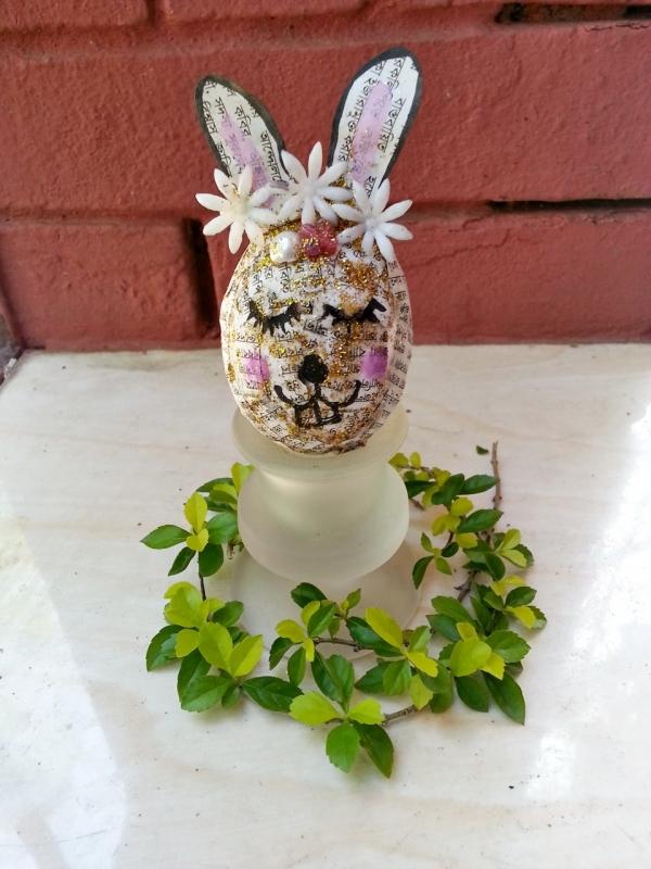 Egg Bunny Décor!