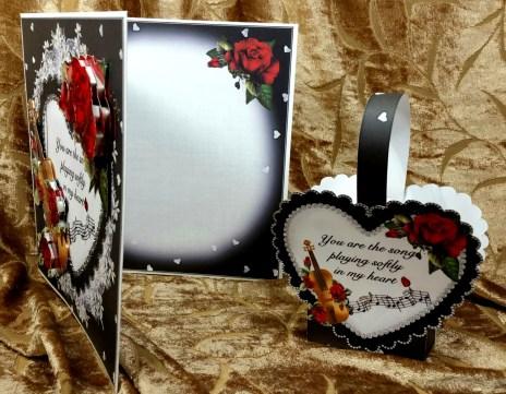 song-inside-decoupage-w-gift-box