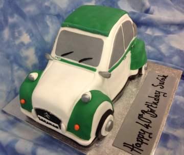 vwbeatle-ladies-birthday-cakes-leeds
