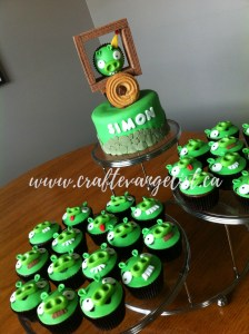 Amazing Bad Piggies Cake & Cupcakes!