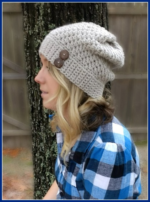 Slouchy crochet hat with buttons
