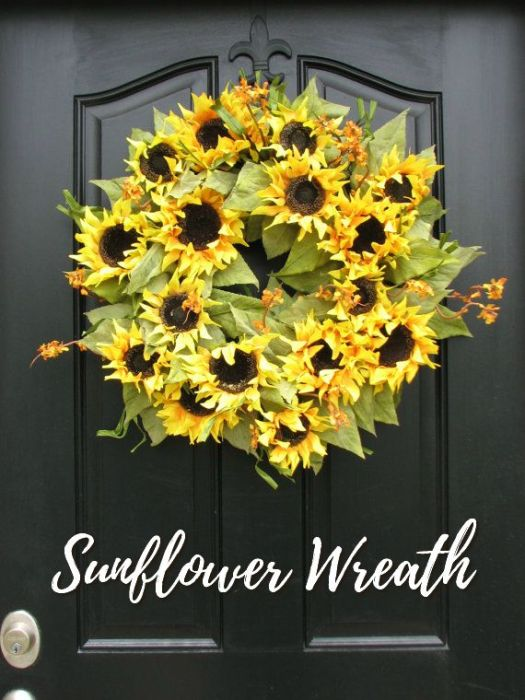 I love this sunflower wreath! Gorgeous! I wish I had time to make one just like it! Check out all the wreaths for every month of the year that craft evangelist has found!