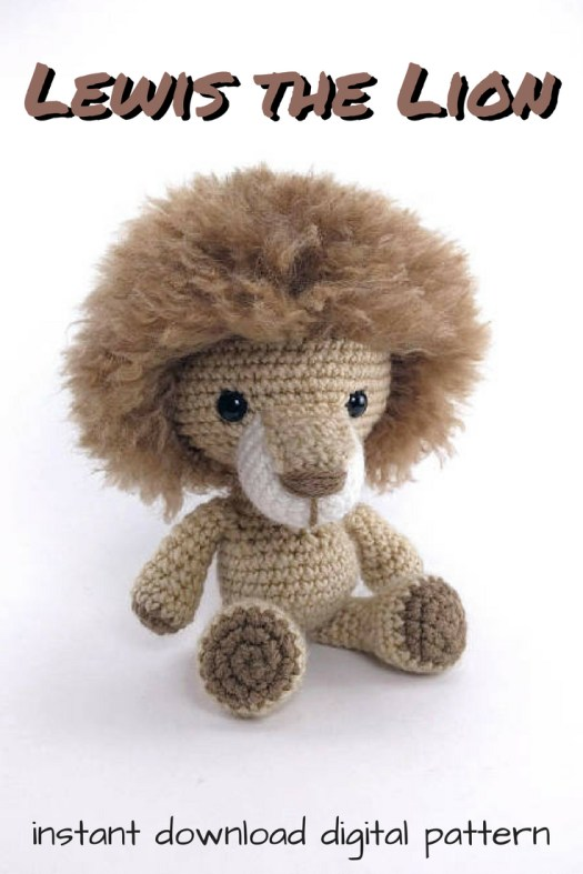 Adorable crochet pattern for a little amigurumi lion. So cute! Great find in craftevangelist's top 10 summer Etsy picks! #craftevangelist