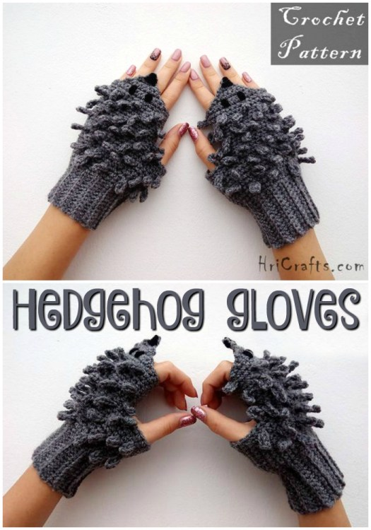 What a fun pair of hedgehog fingerless gloves! I love these whimsical wrist warmers, like having little friendly hedgehogs on your hands! Adorable! #crochet #pattern #crochetpattern #hedgehog #mittens #fingerlessmittens #fingerlessgloves #wristwarmers #craftevangelist #yarn #diy #crafts