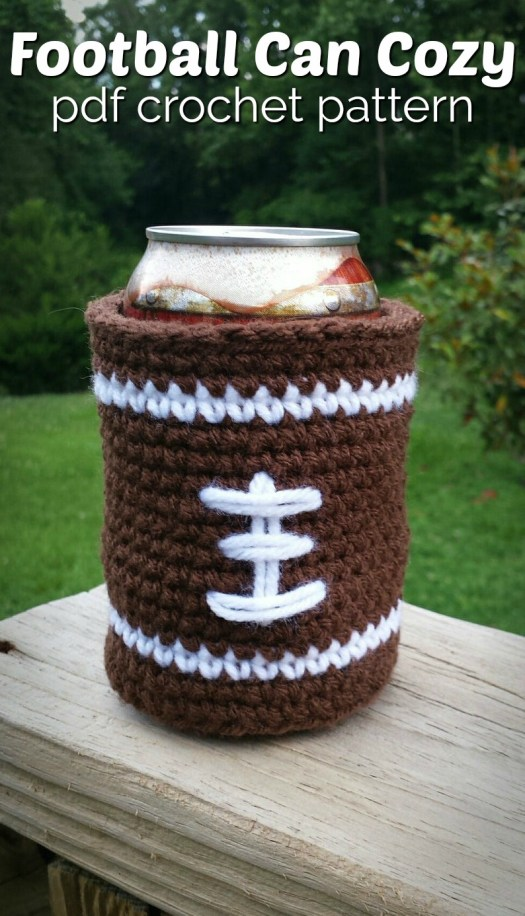 Football Can Cozy. Quick and easy beginner crochet pattern, perfect for a last minute handmade Father's Day gift idea! #crochet #crochetpattern #pattern #yarn #crafts #cancozy #beercozy #FathersDay #crochetformen #craftevangelist