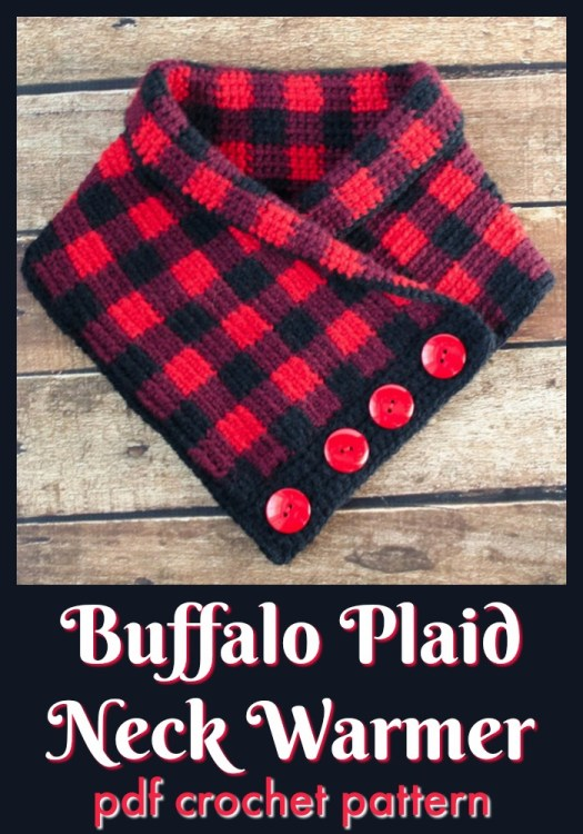 Classic buffalo plaid neck warmer crocheted cowl pattern. I love the fun buttons on this cute cowl! The plaid pattern is so great and it's so fun to work with. I think it would look great with some natural wood coloured buttons, too! #crochetpattern #crochetcowl #crochetscarf #crochetneckwarmer #cowlpattern #plaidcrochet #crochetplaid #craftevangelist