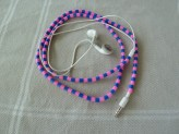 Iron bead ear phones