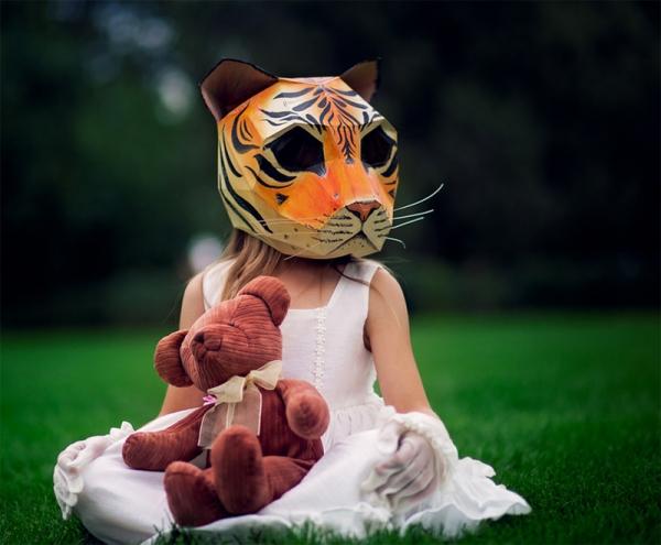 paper-mask-kid