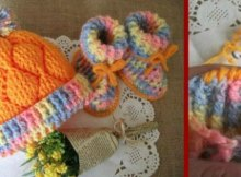 Cute baby set to crochet. I love the diamond design on this crochet pattern for hat and booties for a baby.