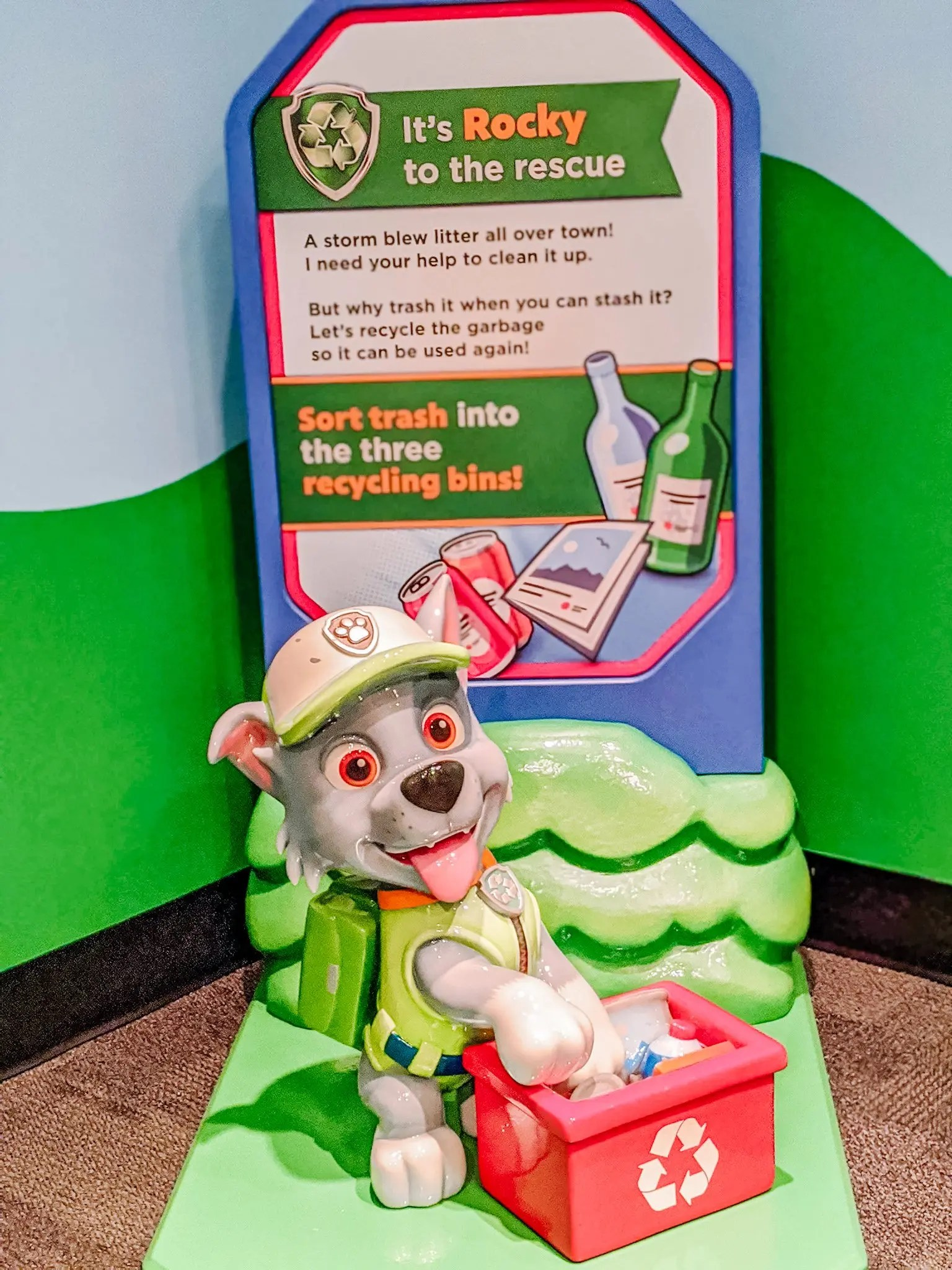 Rocky the recycling dog