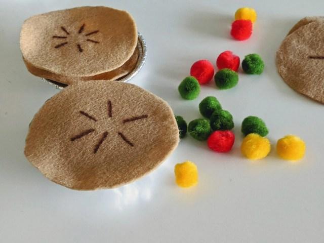 easy DIY apple pie dramatic play set