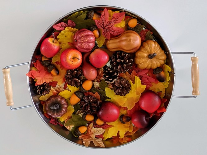 fall sensory tray for toddlers and preschoolers