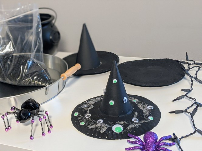 really simple Halloween crafts for kids