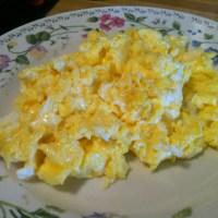 Cheesy scrambled eggs