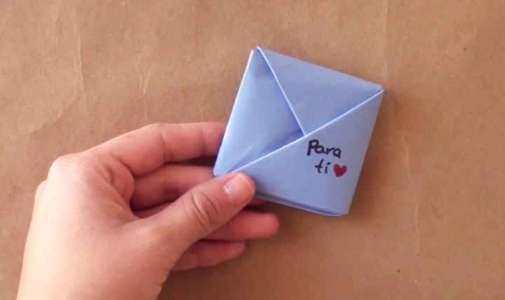 Cómo doblar cartas