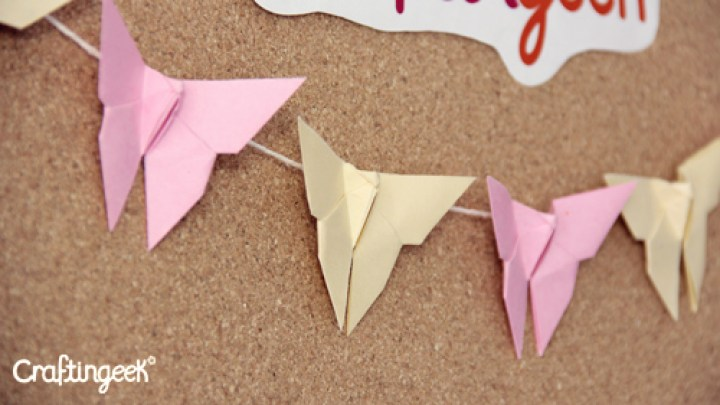 Estas mariposas de origami son perfectas para hacer en estas vacaciones, puedes decorar la pared de tu cuarto | These origami butterflies are perfect to make this holiday, you can decorate the wall of your room.